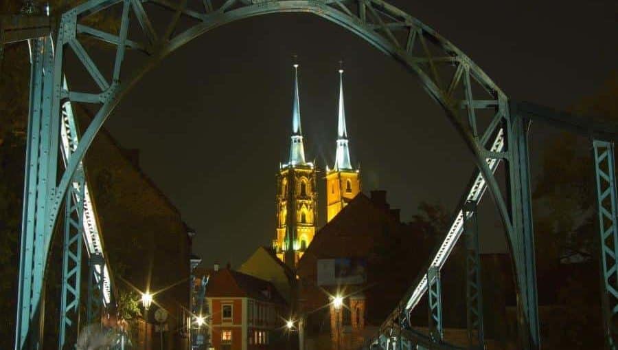 Most Tumski we Wrocławiu-most-zakochanych. Most miłosci na ostrów Tumski. Remont 2019/2020
