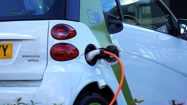 wypozyczalnia samochod elektryczny wrocław